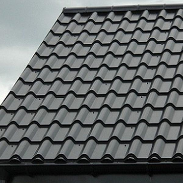 Металлочерепица Дюна на крыше дома Кардинал